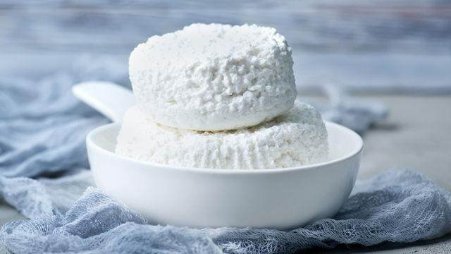طريقة حفظ الجبنة القريش لشهرين