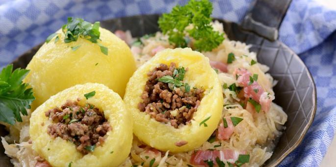 طريقة عمل كرات البطاطس البيوريه باللحم المفروم