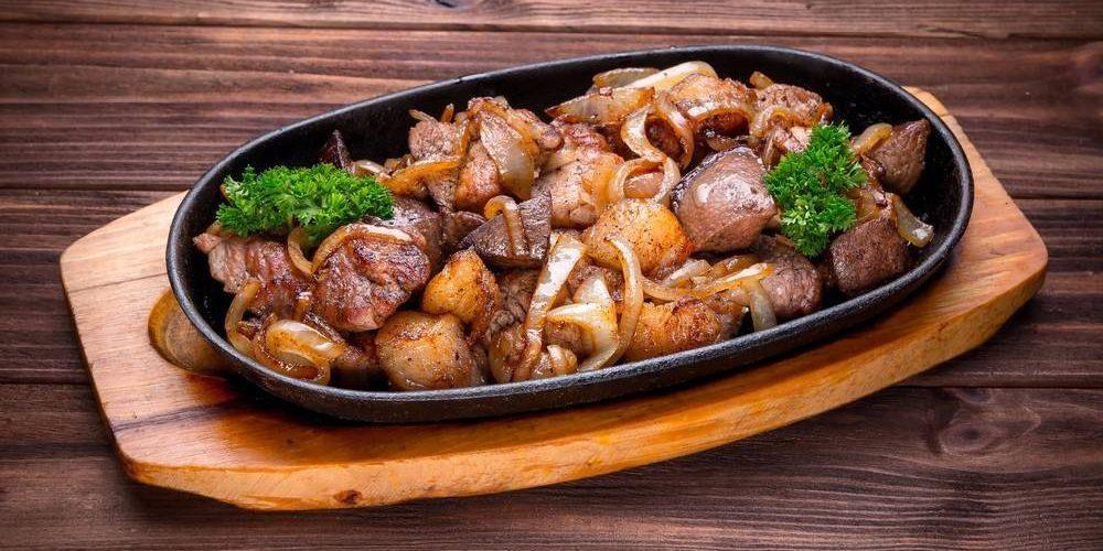 طريقة عمل مكعبات اللحم بالبطاطس