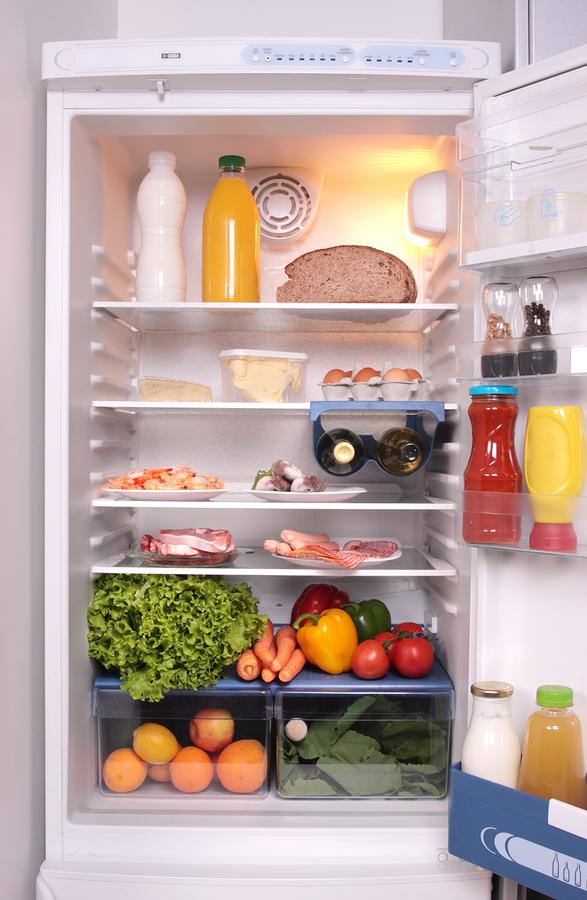 كيفية المحافظة على نظافة الثلاجة