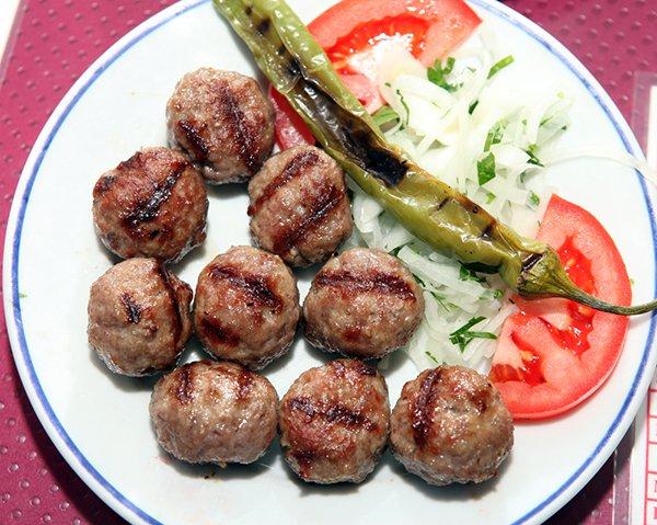 طريقة عمل كرات اللحم التركية