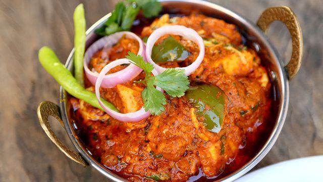 طريقة عمل صالونة دجاج هندية