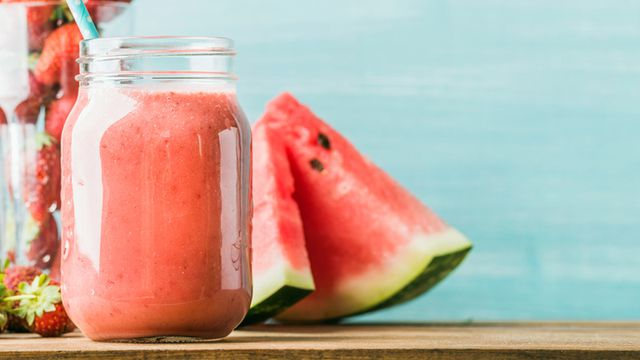 طريقة عمل عصير البطيخ والشمام
