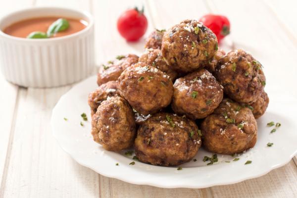 طريقة عمل كرات اللحم الإيطالية