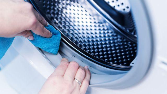 طريقة تنظيف حوض الغساله الاتوماتيك