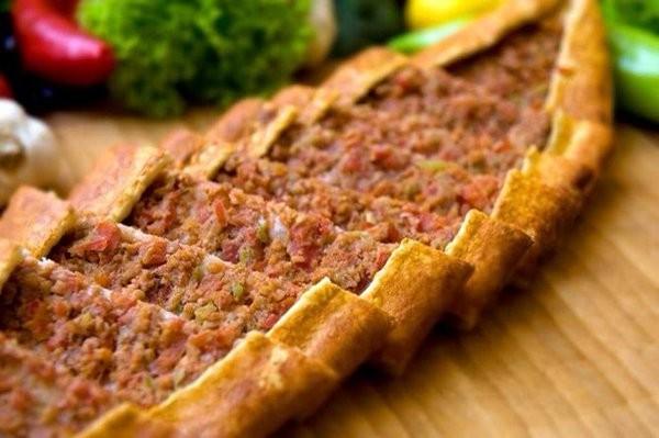 طريقة عمل فطاير اللحم التركية