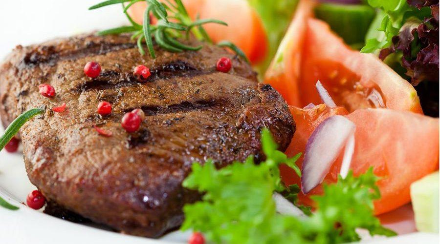 طريقة عمل اللحم المشوي مع الروكا