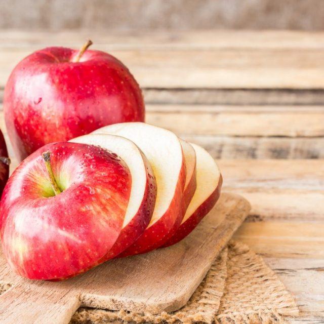 طريقة تخزين التفاح في الفريزر