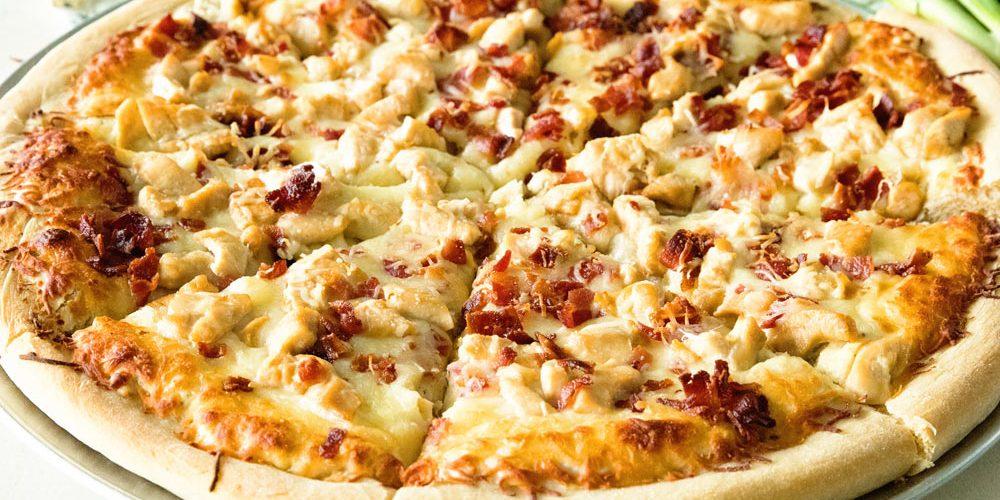 طريقة عمل بيتزا رانش الدجاج