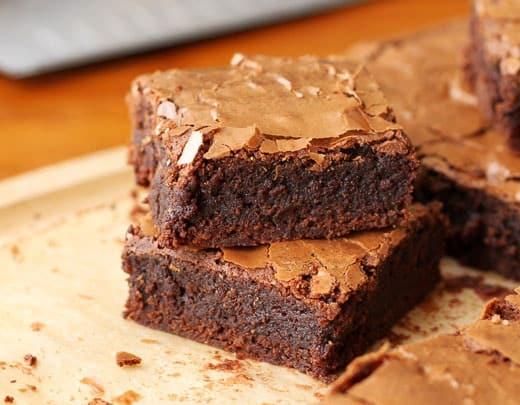 طريقة عمل براونيز برقائق الشوكولاتة