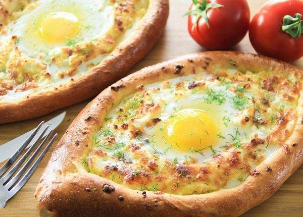 طريقة عمل فطائر البيض والجبن