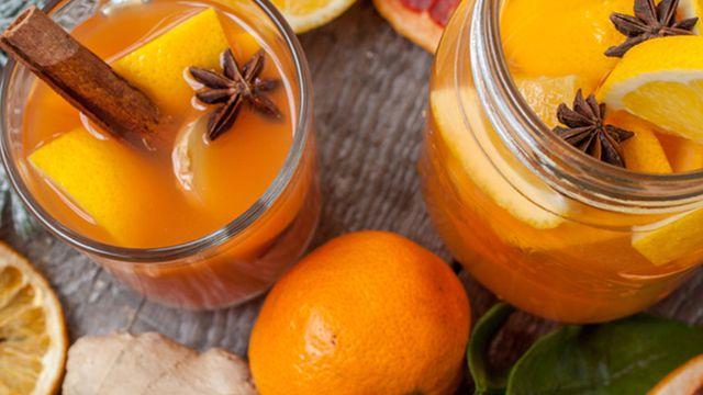 طريقة عمل مشروب البرتقال والليمون الساخن