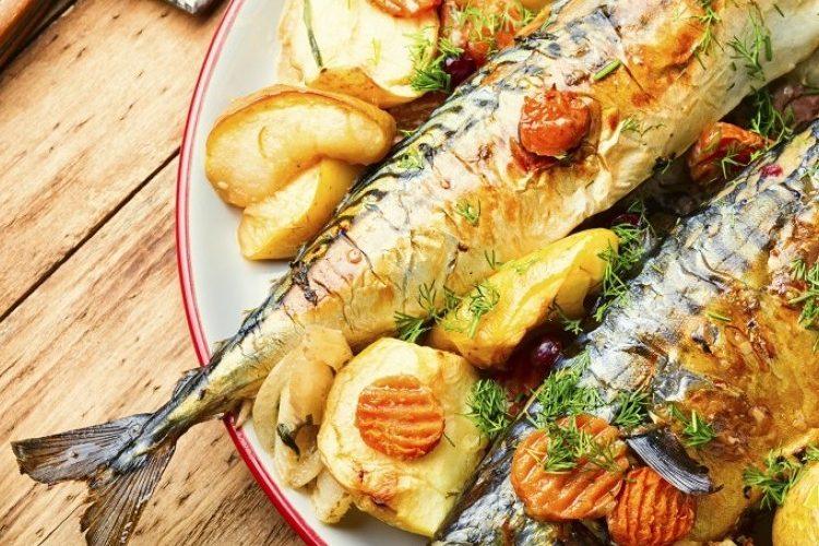 طريقة عمل سمكة محشية بالأعشاب