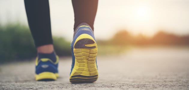 10 فوائد لممارسة رياضة المشي يومياً
