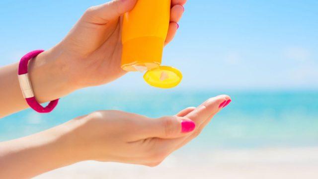 نصائح لحماية الشعر من الشمس والبحر