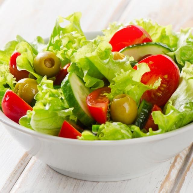 9 أطعمة تساعد في تقليل وزنك بعد الولادة